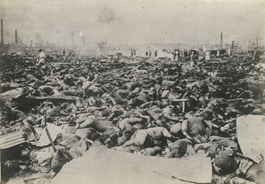 """Japón recordó hoy el aniversario 72 del bombardeo atómico sobre la ciudad de Nagasaki, causante del """"asesinato"""" de más de 70 mil personas"""